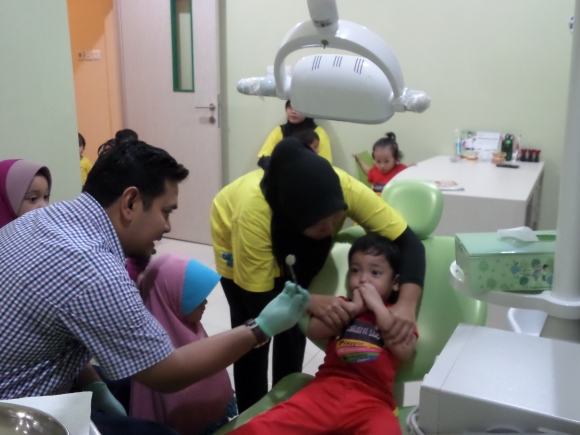 Ayo ke dokter gigi
