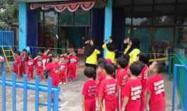 Upacara Bendera a la Creative Land Preschool
